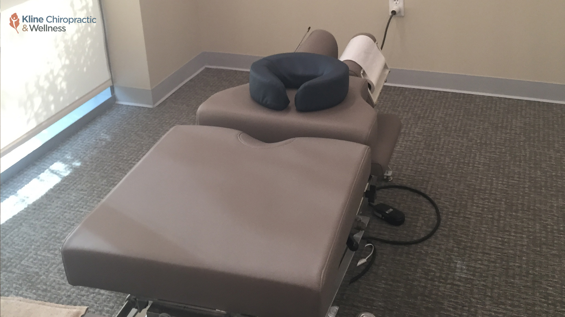 carlsbad-chiropractor-chiropractic-table